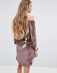 Young Bohemians Off Shoulder Dress In Velvet With Floral Embroidery Mink Grey