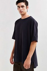 Feathers Oversized Droptail Tee Black