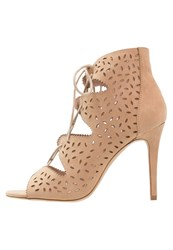 Dorothy Perkins Soho Sandals Cream Beige