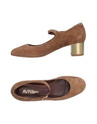 Avril Gau Pumps Brown