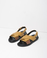 Marni Criss Cross Leather Fussbett Sandal Cognac And Yellow