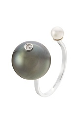 Delfina Delettrez 18Kt Gold Ring With White Diamond Tahiti Pearl And Pearl Black