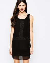 Aryn K Printed Shift Dress Black