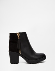 River Island Black Mid Heel Boot With Gold Zip Tassel