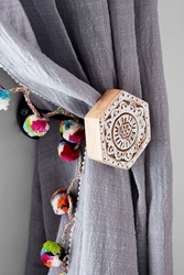 Plum And Bow Woodblock Hexagon Curtain Tie Back White