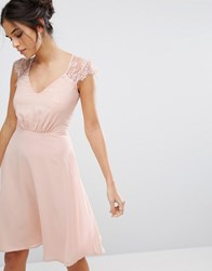 Elise Ryan V Neck Midi Dress With Eyelash Lace Sleeve Pink