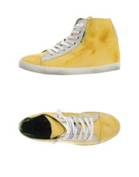 Le Crown Sneakers Yellow