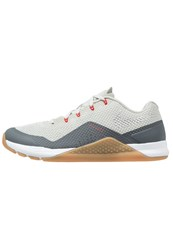 Nike Performance Metcon Repper Dsx Sports Shoes Pale Grey