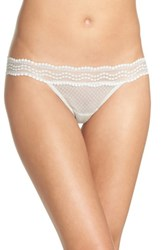 Vince Camuto 'S Colette Thong Metal