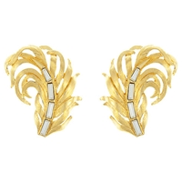 Eclectica Vintage 1980S Trifari Gold Plated Swarovski Crystal Leaf Clip On Earrings Gold White