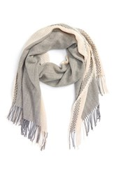 David And Young Women's Woven Scarf
