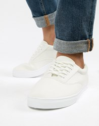 New Look Canvas Lace Up Plimsoll In White