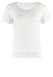 More And More Basic Tshirt Offwhite Off White