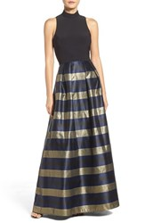 Xscape Evenings Women's Metallic Ballgown