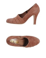 Nora Footwear Courts Women