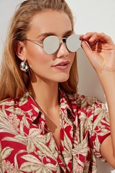 Urban Outfitters Harper Metal Round Sunglasses Silver