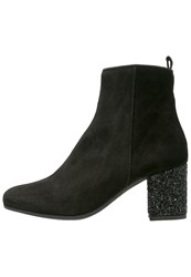 Kanna Tere Ankle Boots Black