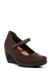 Naot Footwear Day Mary Jane Pump Brown