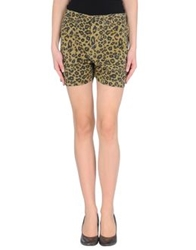 Laurence Dolige Shorts Military Green