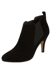 Pier One High Heeled Ankle Boots Black