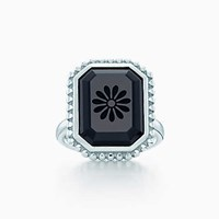 Tiffany And Co. Ziegfeld Collection Daisy Ring In Sterling Silver Black Onyx.