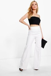 Boohoo Darcy High Waisted Wide Leg Trouser Ivory