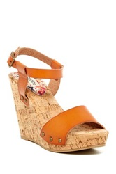 Groove Adriana Wedge Sandal Brown