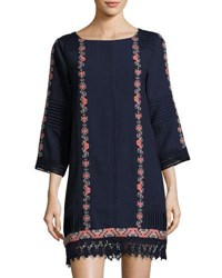 Neiman Marcus 3 4 Sleeve Embroidered Tunic Blue Pattern
