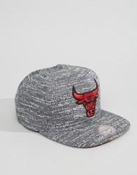 Mitchell And Ness Snapback Cap Grey Noise Chicago Bulls Grey