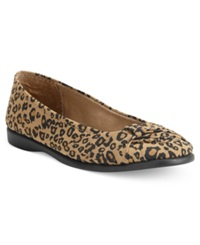 Easy Street Shoes Easy Street Giddy Flats Women's Shoes Leopard