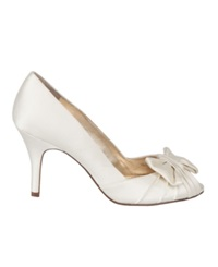 Nina Forbes Evening Pumps Women's Shoes Ivory