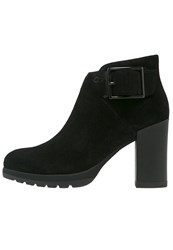 Stonefly Over 3 Platform Boots Black
