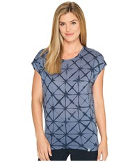 Icebreaker Nomi Short Sleeve Prism Fade Gumtree Stealth Women's Clothing Blue