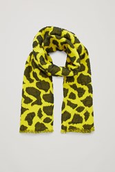 Cos 3D Patterned Wool Scarf Yellow