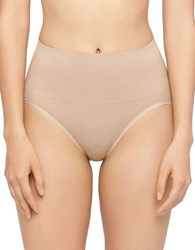 Yummie Tummie Nici Seamless Shaping Brief Almond