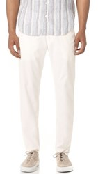 Club Monaco Lightweight Connor Chinos Blanc De Blanc