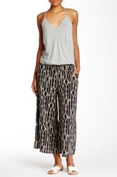 Lily White Gaucho Pant Juniors Black