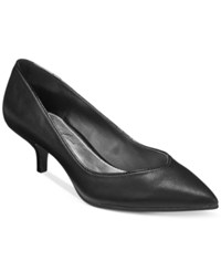 Mari A. Zingy Pointed Toe Kitten Heel Pumps Women's Shoes Black Smooth
