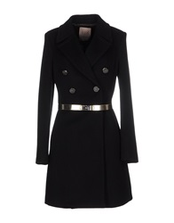 Betty Blue Coats Black