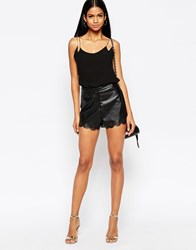 Ax Paris Scalloped Shorts In Leather Look Black