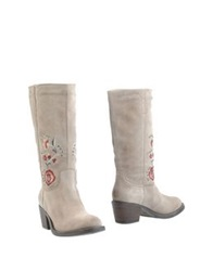 Janet And Janet Boots Dove Grey