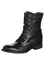 Zign Laceup Boots Black