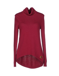 Alviero Martini 1A Classe Turtlenecks Garnet