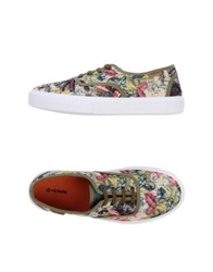 Victoria Low Tops And Trainers Ivory