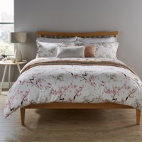 Christy Haruki Duvet Set Pink White