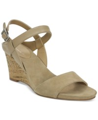 Tahari Fun Strappy Wedge Sandals Women's Shoes Fawn