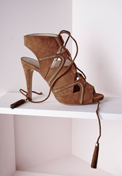 Missguided Lace Up Tassel Heeled Sandals With Gold Chain Detail Tan Brown