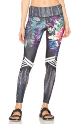 Onzie Graphic Legging Black