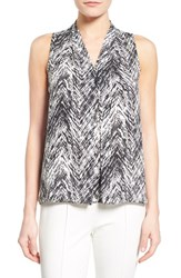 Women's Vince Camuto Chevron Print V Neck Sleeveless Blouse