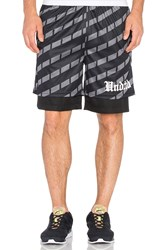 Undefeated Hooligan Reversible Short Black